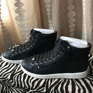 Women's Olive Fashion Sneaker